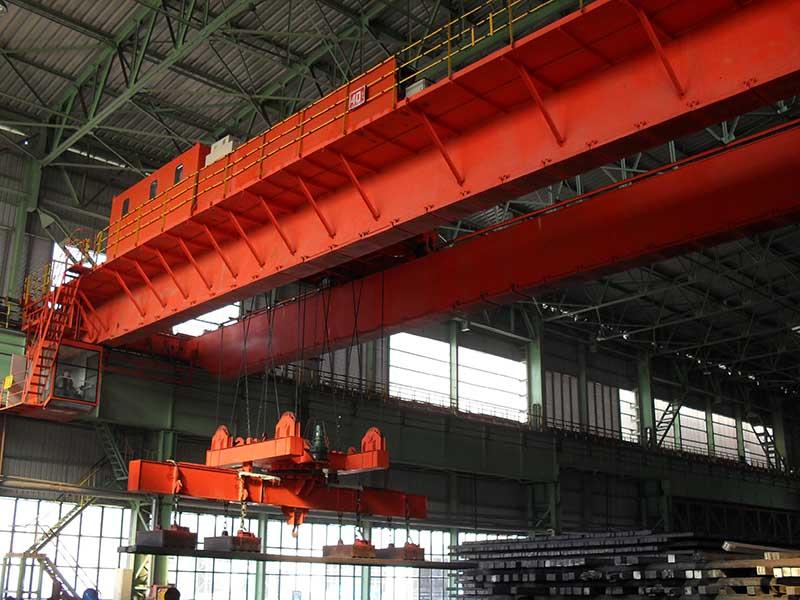 QCL型40t电磁旋转挂梁桥式起重机